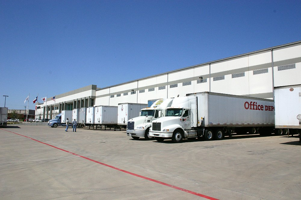 Distribution Center Site Selection | Justin Smith